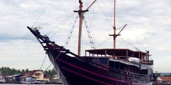 Kencana Fun Sea Sailing Phinisi Boat Adventures
