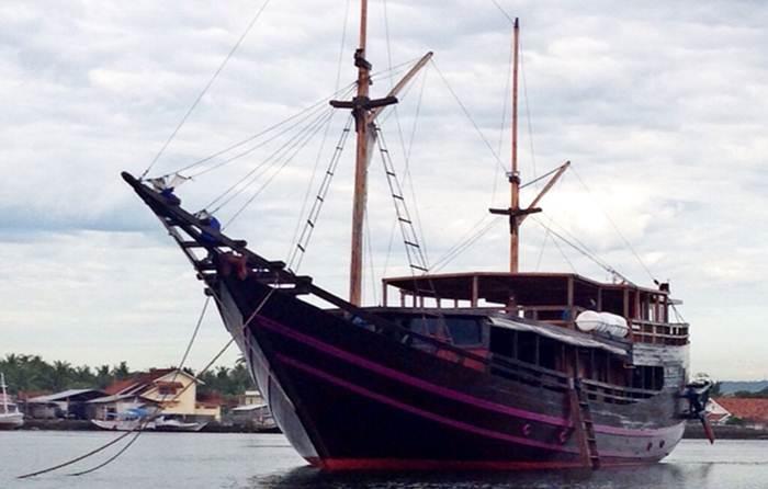 kencana boat
