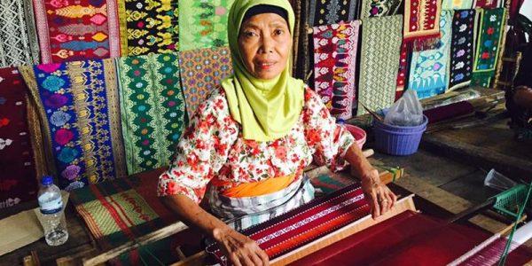 2D-1N Sasak Tour Lombok Package